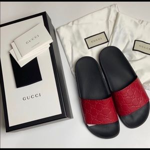 100% AUTHENTIC GUCCI HIBISCUS RED SLIDES